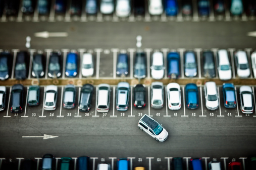 Van - Vehicle「Cars on parking place from above」:スマホ壁紙(16)