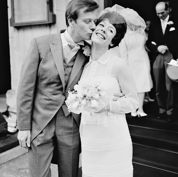 Bouquet「Kiss The Bride」:写真・画像(2)[壁紙.com]