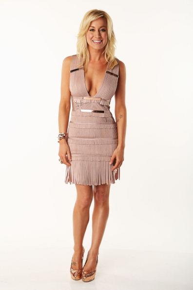 Nude Colored Dress「2012 CMT Music Awards - Wonderwall.com.com Portrait Studio」:写真・画像(12)[壁紙.com]
