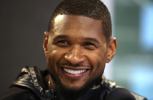 アッシャー「Usher And Ben Haenow Visit Kiss」:写真・画像(19)[壁紙.com]
