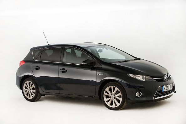 Finance and Economy「2013 Toyota Auris Hybrid.」:写真・画像(17)[壁紙.com]