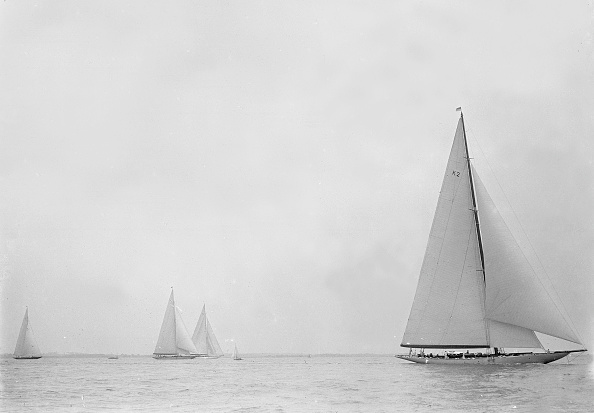 Cutting「The 23-Metre Cutter Astra Sailing Close-Hauled」:写真・画像(5)[壁紙.com]
