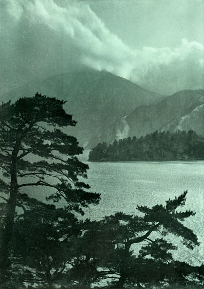 Overcast「Approaching Storm On Lake Motosu」:写真・画像(10)[壁紙.com]