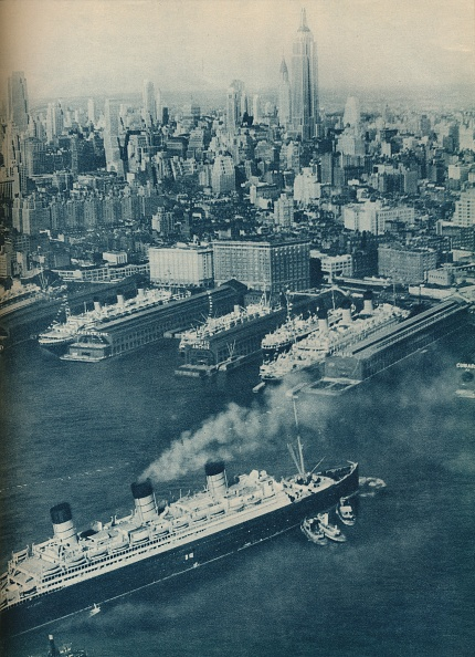 Empire State Building「Cunard White Star Liner Berengaria」:写真・画像(16)[壁紙.com]