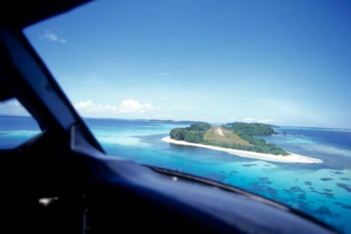 Approaching「Approaching Gizo airstrip view from aeroplane, Gizo, Solomon Islands」:スマホ壁紙(17)