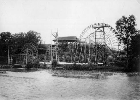 1900「Water Wheels」:スマホ壁紙(9)