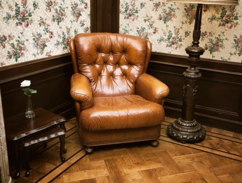 19th Century「retro leather chair」:スマホ壁紙(13)