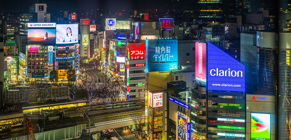 Shibuya Ward「Tokyo Shibuya Crossing crowds neon lights night cityscape panorama Japan」:スマホ壁紙(17)