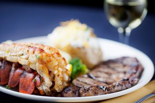 Baked Potato「Surf and turf: dinner of steak, lobster tail」:スマホ壁紙(10)