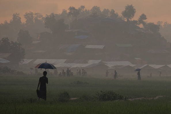 Paula Bronstein「Rohingya Refugees Flood Into Bangladesh」:写真・画像(19)[壁紙.com]