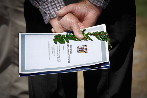 Greymouth「New Zealand Holds Memorial Service For Pike River Miners」:写真・画像(5)[壁紙.com]
