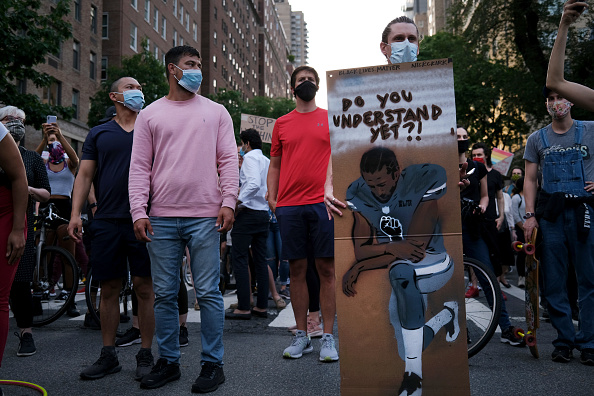 Social Issues「Protests Against Police Brutality Over Death Of George Floyd Continue In NYC」:写真・画像(4)[壁紙.com]