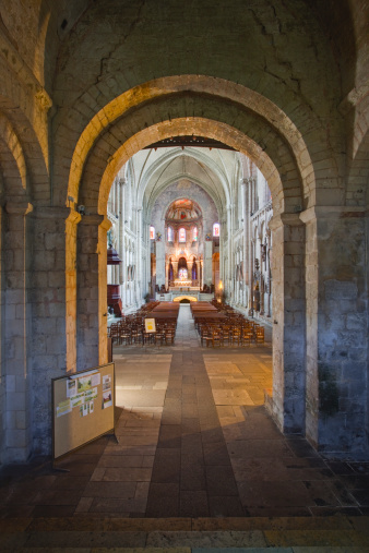 Nouvelle-Aquitaine「The interior of Eglise Sainte Radegonde.」:スマホ壁紙(16)