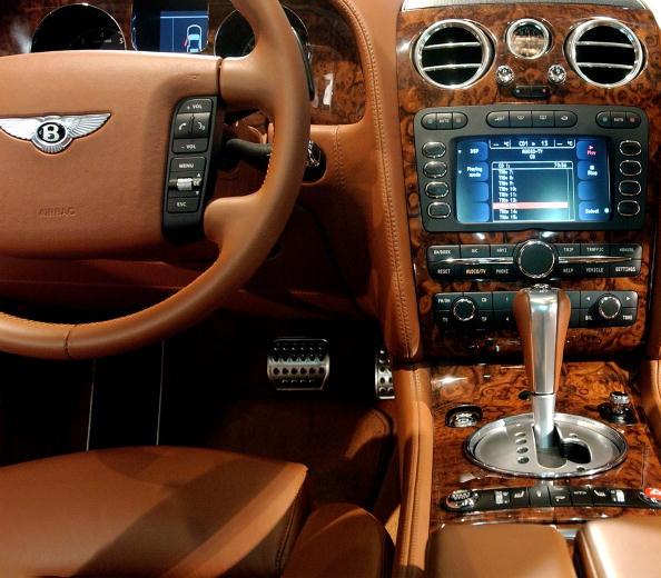 Bentley「New York City Hosts International Auto Show」:写真・画像(6)[壁紙.com]