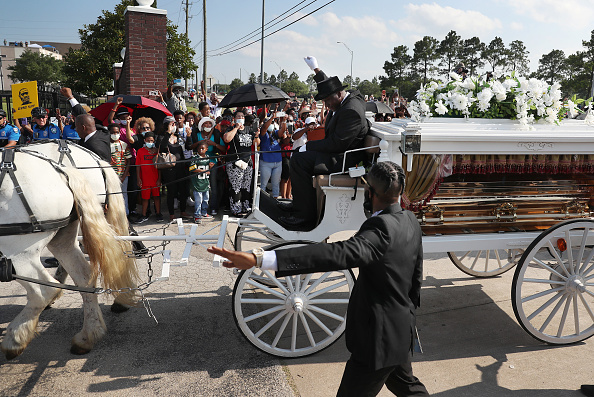 Funeral「Private Funeral For George Floyd Takes Place In Houston」:写真・画像(10)[壁紙.com]