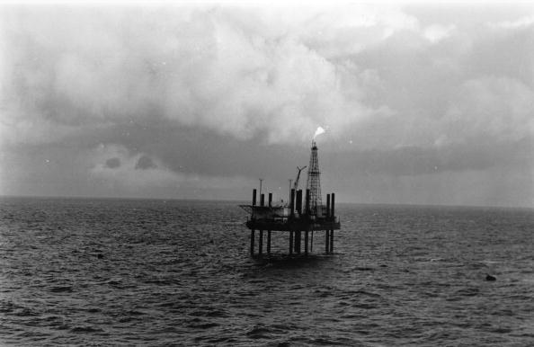 Oil Industry「Offshore Rig」:写真・画像(16)[壁紙.com]