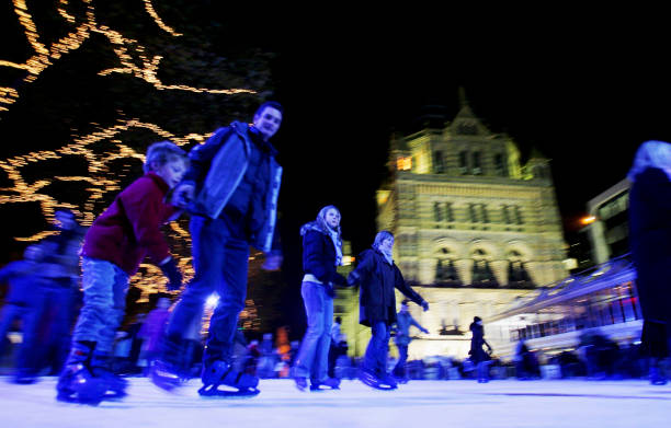 Natural History Museum Ice Rink And Christmas Fair:ニュース(壁紙.com)