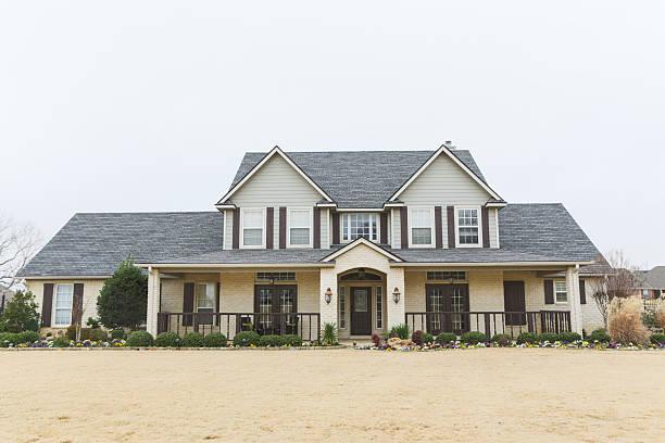 Beautiful new home in suburbs:スマホ壁紙(壁紙.com)