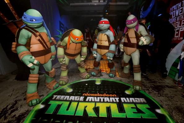 コミコン「Nickelodeon's Teenage Mutant Ninja Turtles Emerge At NY Comic Con 2012 - Day 2」:写真・画像(8)[壁紙.com]