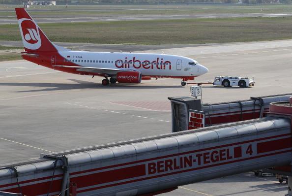 Taking Off - Activity「Germany Eases Flight Restrictions」:写真・画像(17)[壁紙.com]