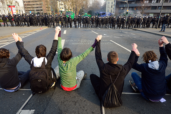 Social Issues「Blockupy Protests Accompany ECB Inauguration」:写真・画像(9)[壁紙.com]