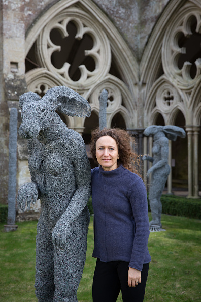 Salisbury Cathedral「Salisbury Cathedral Sees The Installation Of A Sophie Ryder Sculpture」:写真・画像(13)[壁紙.com]