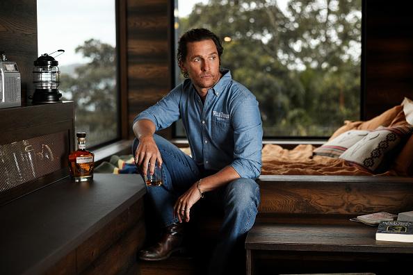 Matthew McConaughey「Matthew McConaughey Opens Wilderness Cabin In Sydney, Australia」:写真・画像(2)[壁紙.com]