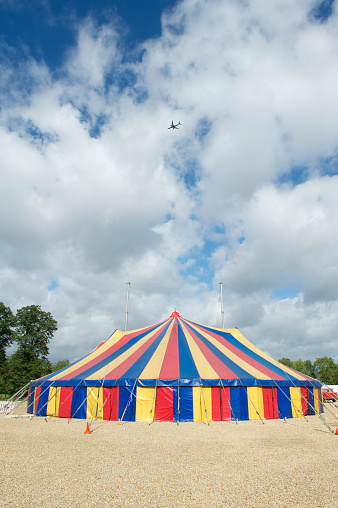 Entertainment Tent「Big top circus tent with aeroplane in the sky」:スマホ壁紙(14)
