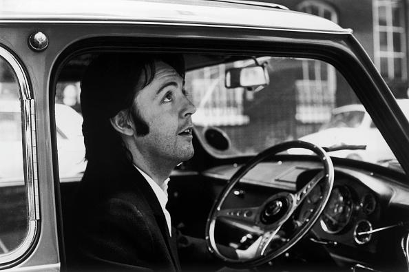 ポール・マッカートニー「McCartney In His Car」:写真・画像(13)[壁紙.com]
