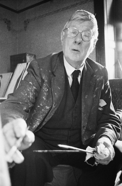 One Senior Man Only「Lowry Paints」:写真・画像(5)[壁紙.com]