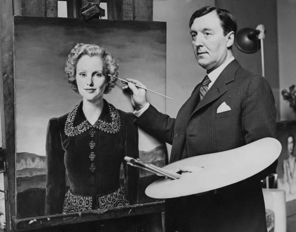 Paintbrush「Gerald Brockhurst」:写真・画像(0)[壁紙.com]