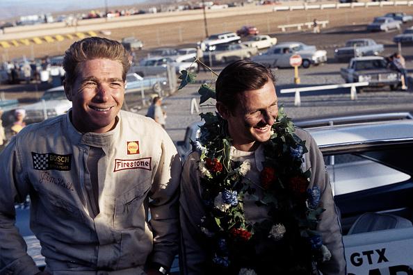 Motorsport「Jim Hall, Bruce McLaren, Los Angeles Times Grand Prix- Can-Am」:写真・画像(6)[壁紙.com]