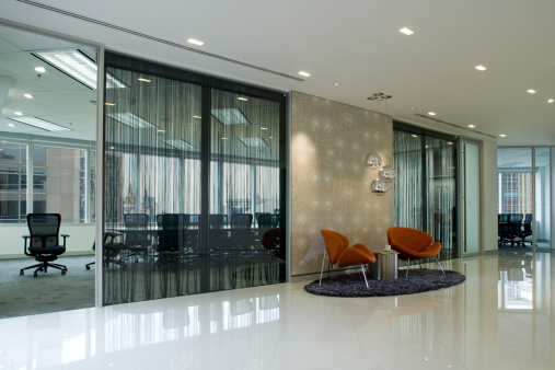 Open Plan「Modern Board Room And Waiting Area」:スマホ壁紙(5)