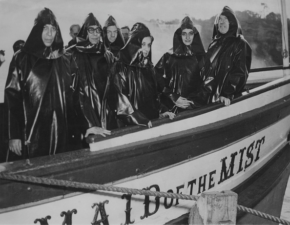 Tourboat「Ministers In The Mist」:写真・画像(0)[壁紙.com]