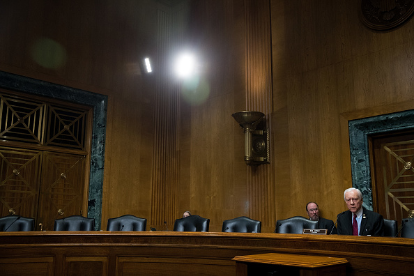 Chairperson「Senate Finance Committee Holds Votes On Trump Cabinet Nominees Tom Price And Steven Mnuchin」:写真・画像(13)[壁紙.com]