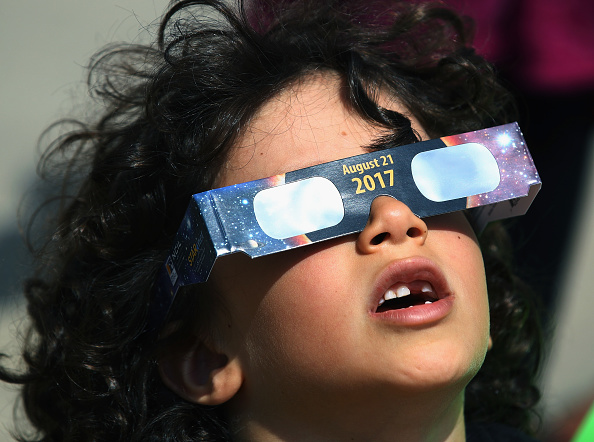 Eclipse「Solar Eclipse Visible Across Swath Of U.S.」:写真・画像(12)[壁紙.com]