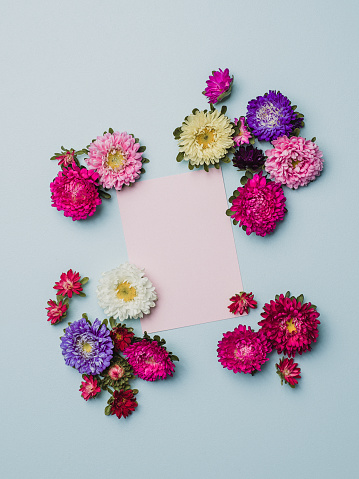 Miniature「紙のノートと創作花アレンジ フレーム」:スマホ壁紙(7)