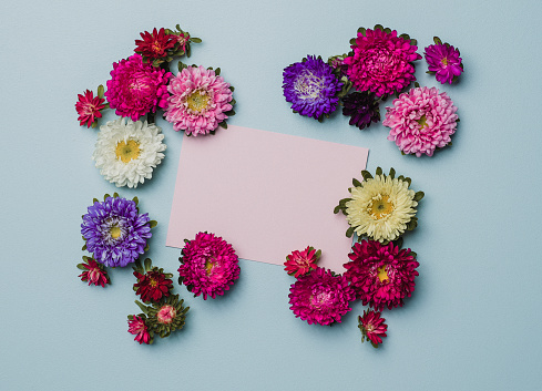 Miniature「紙のノートと創作花アレンジ フレーム」:スマホ壁紙(6)