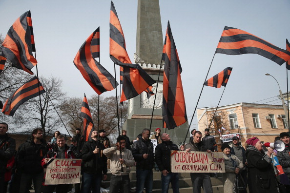 Russian Military「Concerns Grow In Ukraine Over Pro Russian Demonstrations In The Crimea Region」:写真・画像(11)[壁紙.com]
