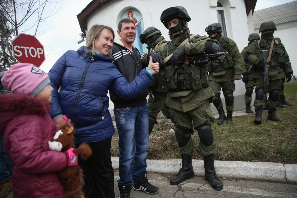 Russian Military「Concerns Grow In Ukraine Over Pro Russian Demonstrations In The Crimea Region」:写真・画像(1)[壁紙.com]