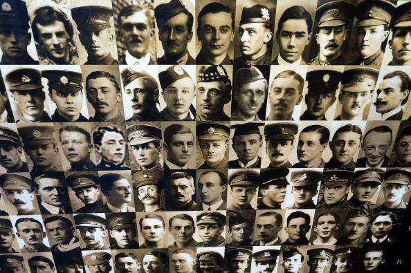 Tom Stoddart Archive「Thiepval Memorial」:写真・画像(10)[壁紙.com]