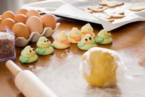 イースター「Eggs and pastries on countertop in kitchen」:スマホ壁紙(6)