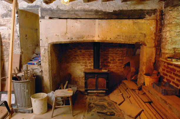 The Merchant's House in Shepton Mallet, Somerset. Buildings at risk register. Large chimney.:ニュース(壁紙.com)