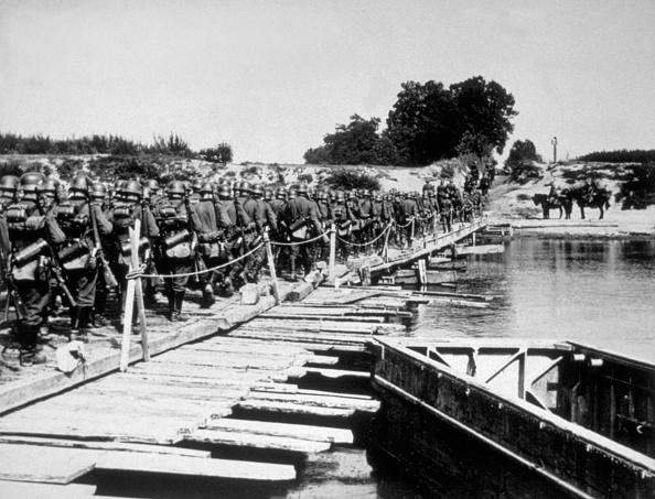 Poland「River San Crossing」:写真・画像(8)[壁紙.com]