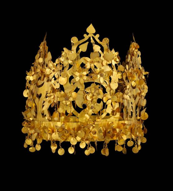 Gold Crown From Tillya Tepe:ニュース(壁紙.com)