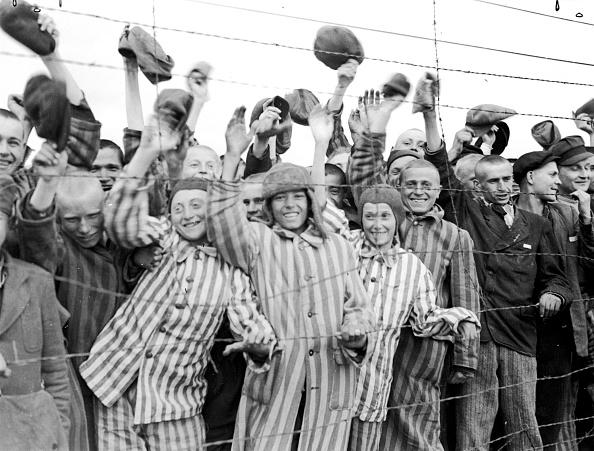 Cheering「Prisoners Cheer」:写真・画像(7)[壁紙.com]