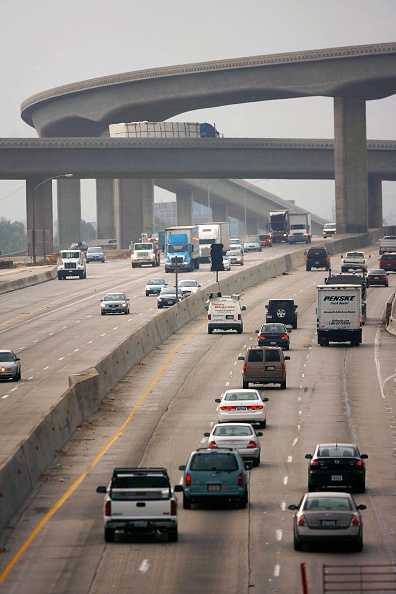 Traffic「EPA Tightens Air Pollution Limits For First Time In A Decade」:写真・画像(10)[壁紙.com]