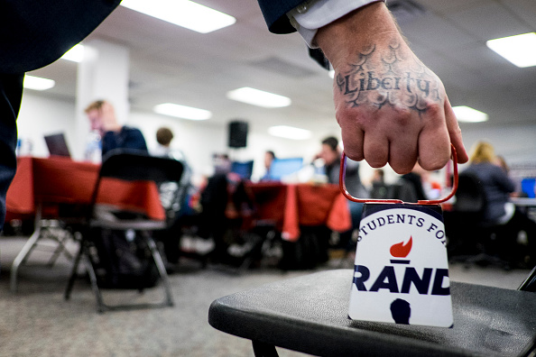 2016 United States Presidential Election「Rand Paul Holds Caucus Day Rally In Des Moines」:写真・画像(19)[壁紙.com]