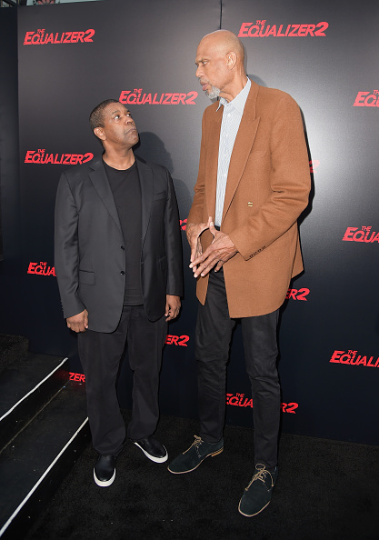 "Two People「Premiere Of Columbia Picture's ""Equalizer 2"" - Red Carpet」:写真・画像(11)[壁紙.com]"