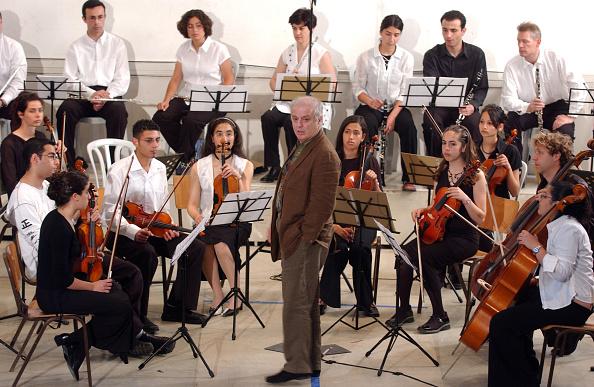West Bank「Israeli Pianist And Conductor Daniel Barenboim」:写真・画像(17)[壁紙.com]